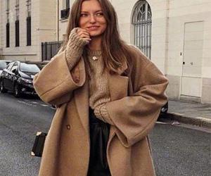 秋冬裙子这样搭 不仅保暖还显瘦