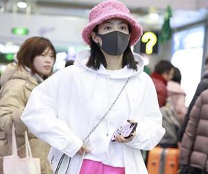 宋茜认出韩国站姐 久别重逢的暖心
