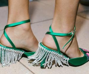 钻石流苏高跟鞋 你的冬日酷炫法宝