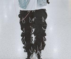 王一博松紧带裤子 这是一条让你牵挂的裤子啊