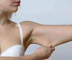 轻松瘦手臂的方法 夏天要到了纤纤玉手快准备起来