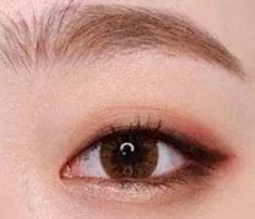 单眼皮怎么画眼影好看?单眼皮小眼睛也可以很好看哦