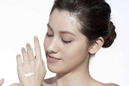 秋季护肤该警惕五误区 干性油性皮肤更要看!