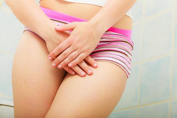 女生大腿内侧为什么会发黑?