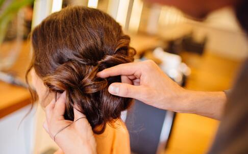 10款甜美发型 为你赚足回头率