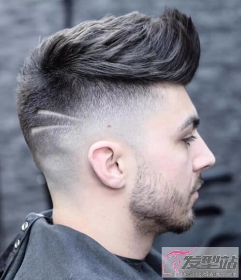 男生飞机头发型
