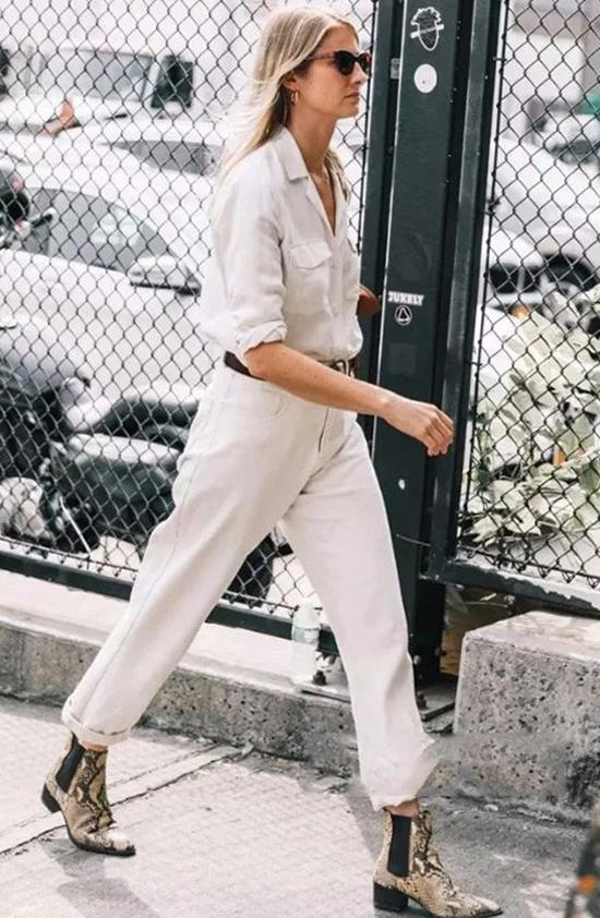 浅色裤子搭配方法_清新大方又简约的浅色裤子搭配6.jpg