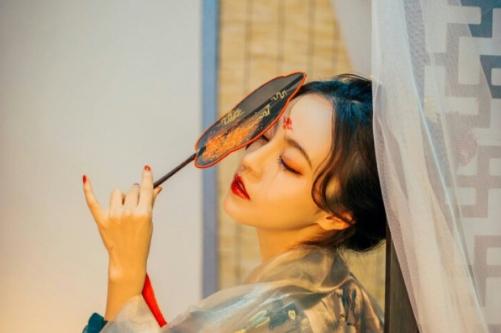 中秋节写给女朋友的情话 雨润花好月圆幸福生活日日甜