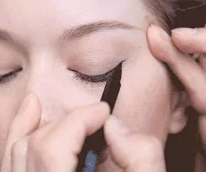 眼线怎么画好看 教你打造精致眼妆