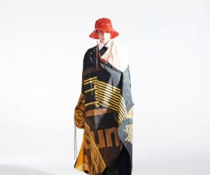王源小红帽造型 多元搭配登场