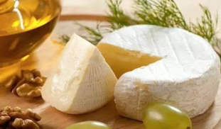 吃奶酪可以丰胸吗 什么时间吃奶酪易丰胸