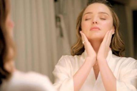睡前两种护肤方式对皮肤好