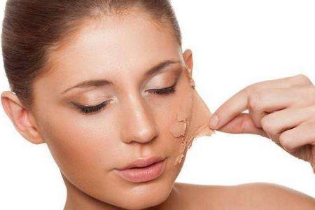 冬季皮肤容易出现干痒的护肤小技巧