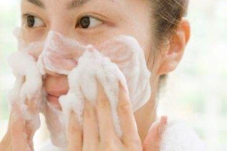 冬季护肤远离三种错误的方式