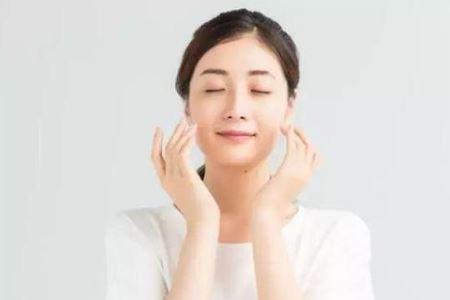 冬季皮肤补水的三个好方法