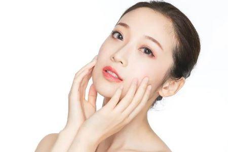 常见的两种护肤行为会损伤皮肤