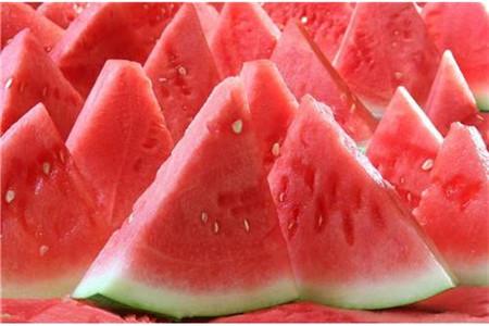 月经期间可以吃西瓜吗,经期不适合吃四类食物