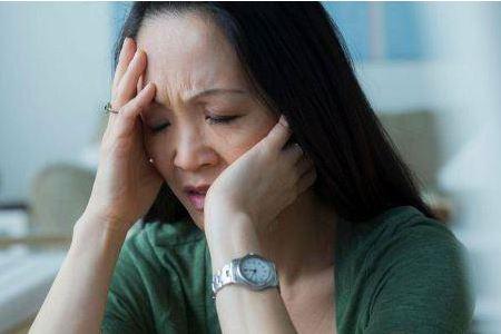 更年期症状如何改善,女人更年期保健