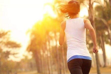 夏季三种最有效的减肥方法