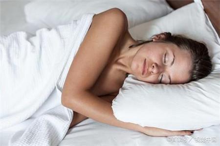 睡美容觉要远离三件事