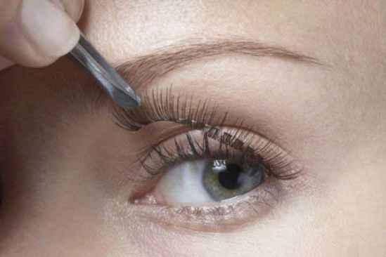 假睫毛嫁接能保持多久 嫁接睫毛后能画眼线吗