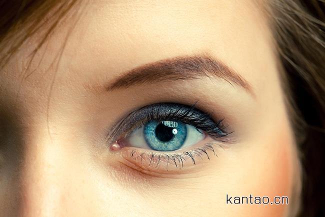 眼窝深陷是怎么回事 分析眼窝凹陷的原因和解决方法